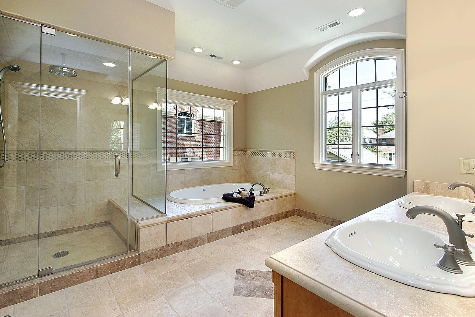 Frameless-Shower-Door-Installation