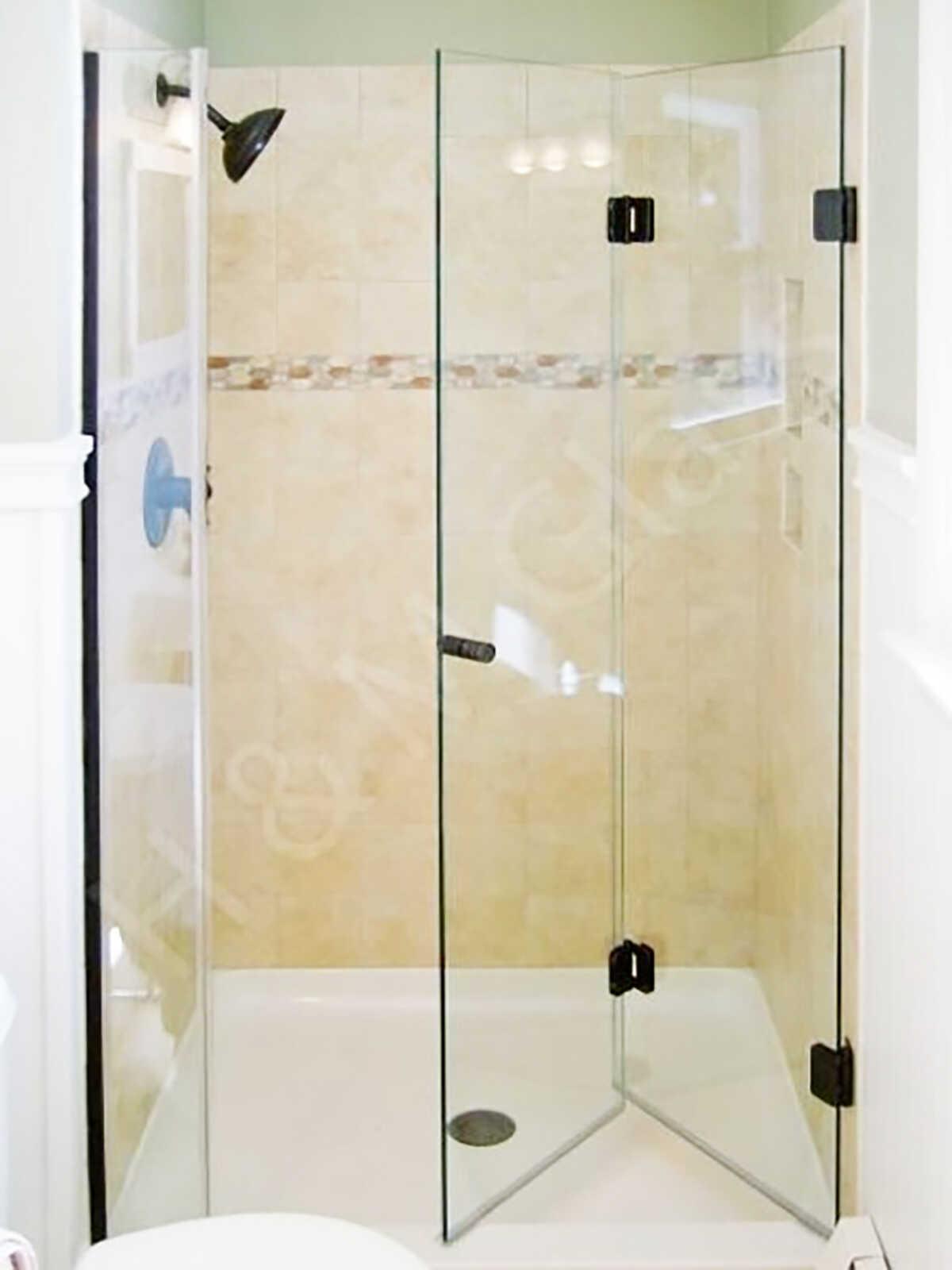 Folding shower door