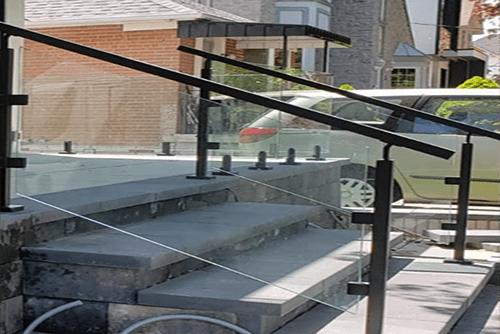 Exterior deck glass railings